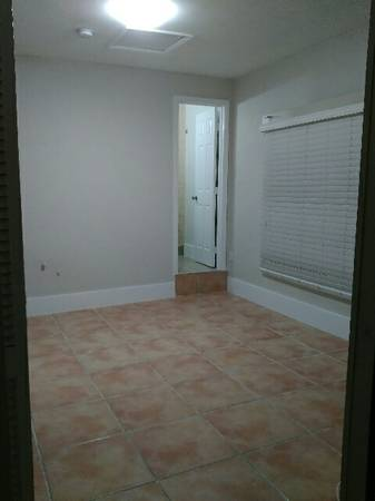 A Room To Rent In University Lakes Mobile Home Park Available From October 18 2017
